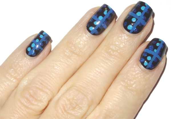 Step3--Anna-Sui-Nail-Art
