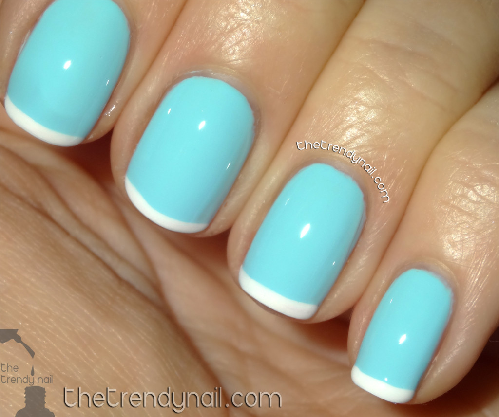 Azature - Light Blue - Faint White French