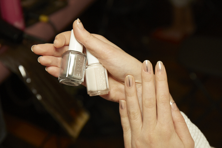 ESSIE_FW_SEp15_PAndrew_101
